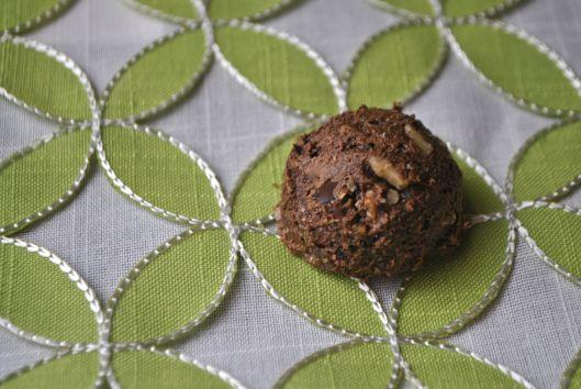 Double chocolate walnut cookies