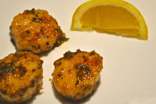 seared scallops with herb butter pan sauce