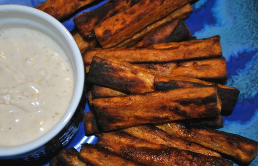 sweet potato fries with spicy cinnamon dip