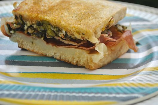 proscuitto sandwiches with broccoli pesto