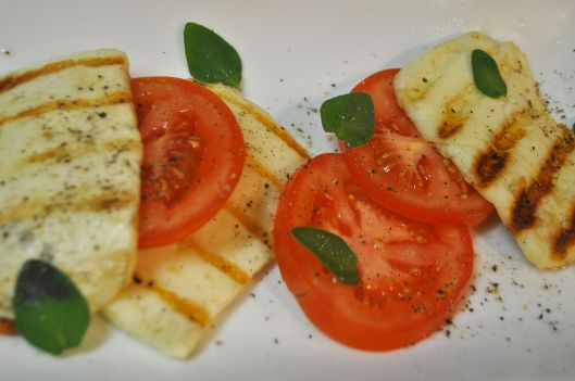 halloumi and oregano salad