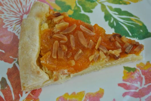 almond apricot and cream cheese crostata