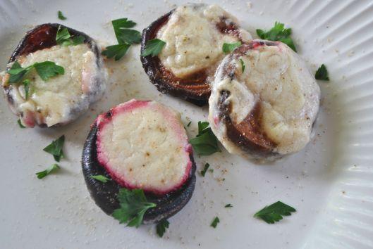 baked beets in bechamel