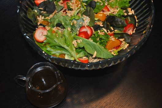berry mandarin tossed salad