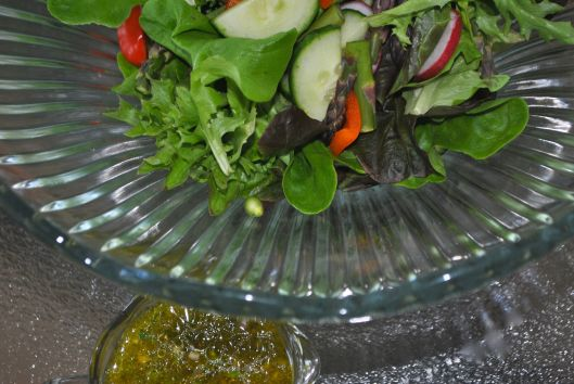 mixed green salad with tarragon shallot vinaigrette