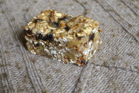 oatmeal walnut and banana bars