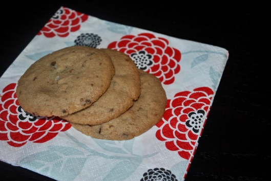 chocolate chunk cookies with sea salt potato chips
